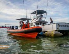 fast response refloating fishing boat sunk at beach
